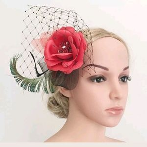 Used, LAST ONE! Feather Hair Fascinator Headress WeddingBoutique for sale